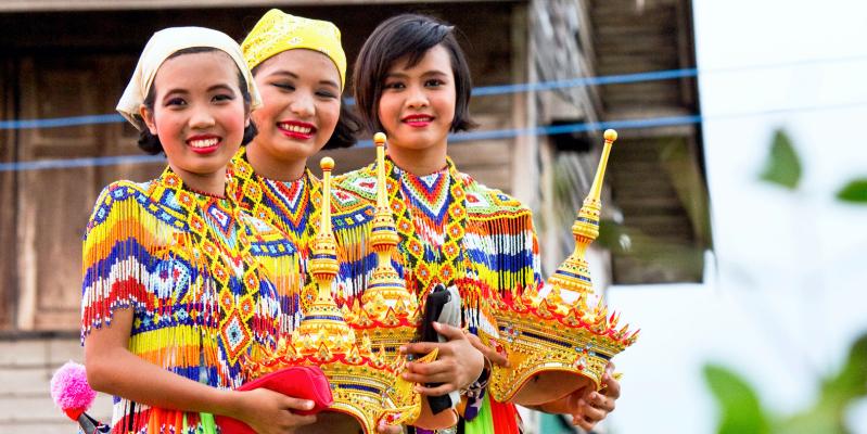 Тайская улыбка, улыбка тайцев
