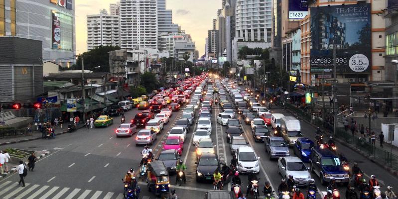 Правила дорожного движения в Тайланде, ПДД в Тайланде, Правила на дорогах тай