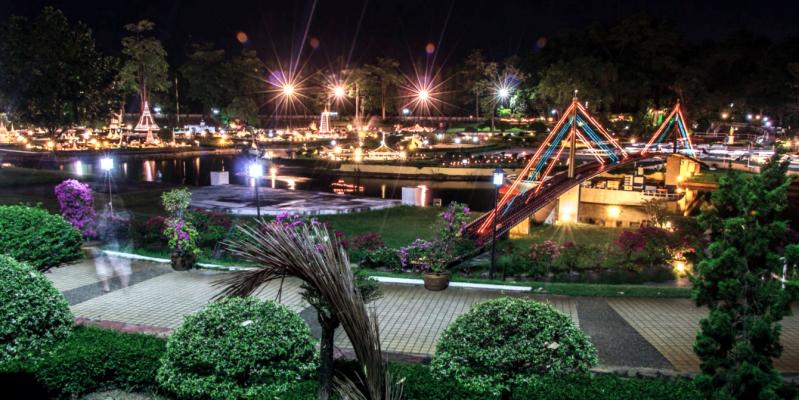 Сиам Парк Паттайя ночь