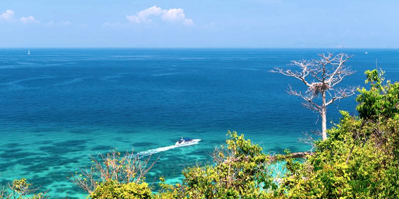 Смотровая площадка на острове Майтон
