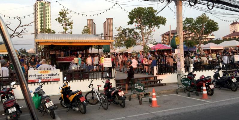 Jomtien Night market – ночной рынок на Джомтьене