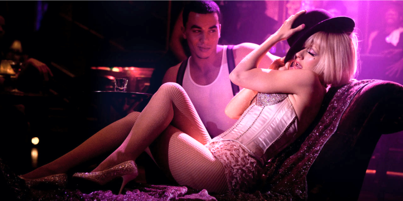 Секс туризм в Тайланде, девушки стоят на улице в Тайланде, проститутки в тайланде на улице
