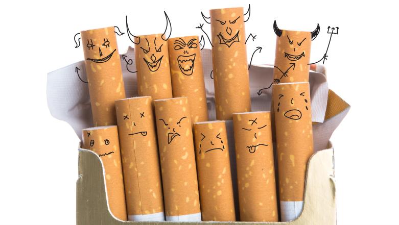 Запрещено курить сигареты на пляже