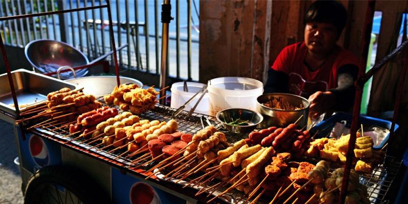 Популярная тайская уличная еда - макашница, еда в Тайланде, макашница, уличная тайская еда