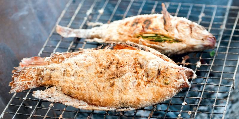 Рыба в соли на гриле, тайская еда, thai food